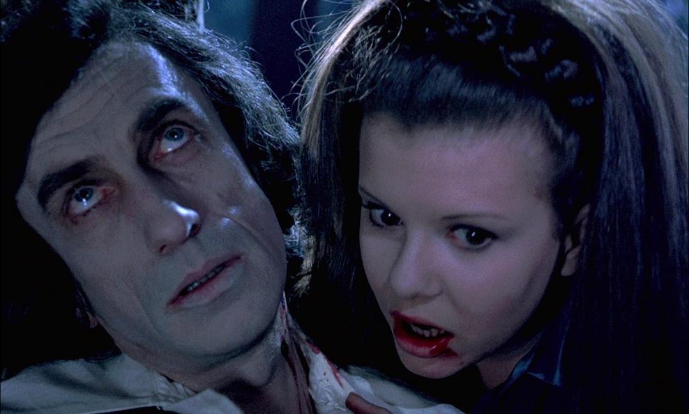 Galerie Les Sévices de Dracula 6